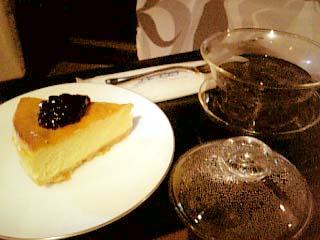 花想容 チーズケーキ+烏龍茶