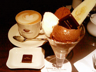 ピエールマルコリーニ パフェとカフェオレ