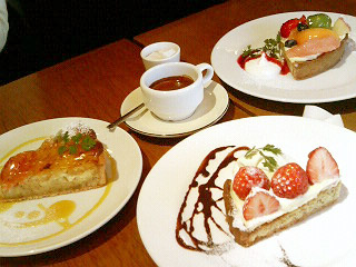 quatre cafe ケーキ3つ&エスプレッソ