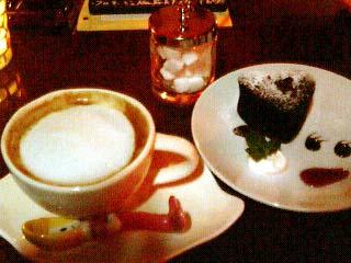 cafe amber ガトーショコラ&カフェラテ