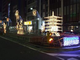 01-18 夜の雷門交差点