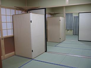 05-04 内装・廊下側