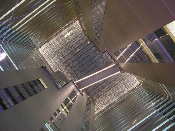 NSビル天井
