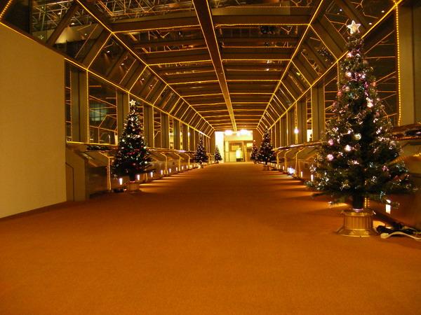 NSビル渡り廊下