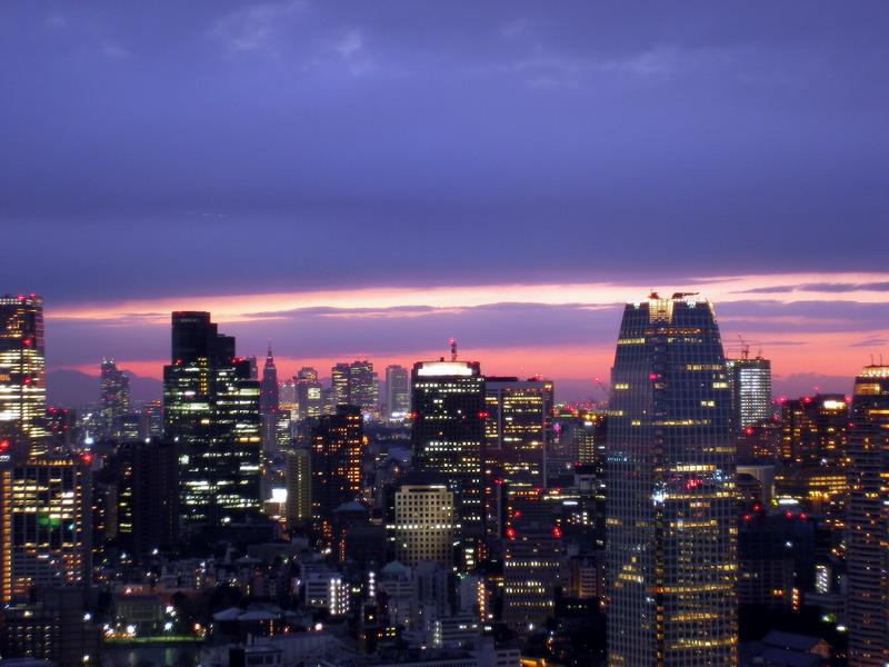 日没・新宿方向