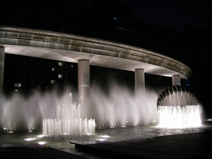 和田倉噴水3