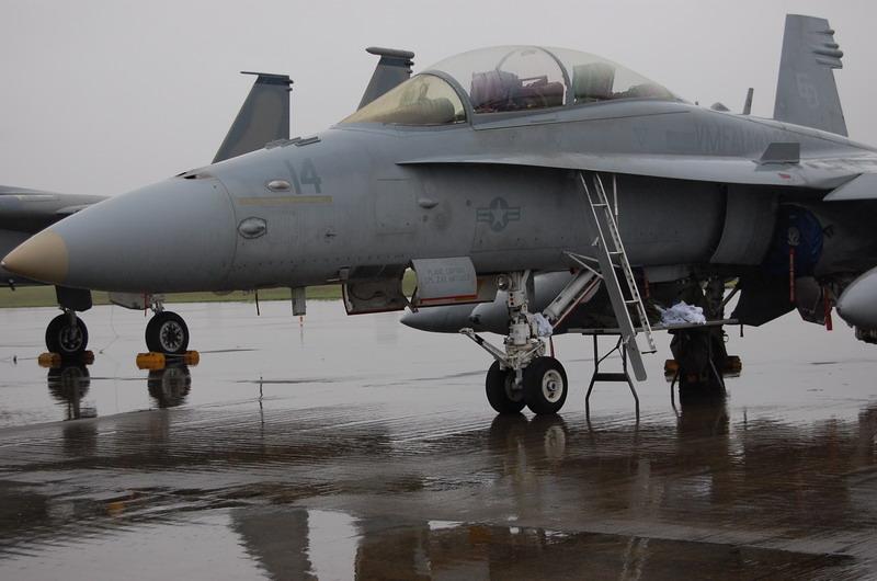 FA-18ホーネット戦闘攻撃機
