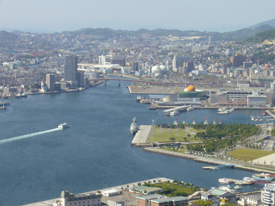 鍋冠山から見た長崎港