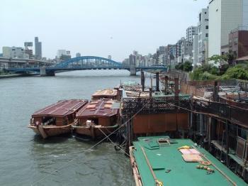 浅草屋形船