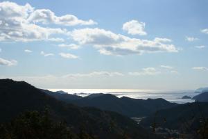 山の上の海