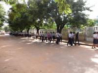 生徒の行進風景