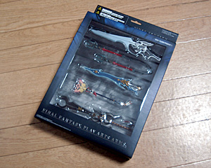 FINAL FANTASY VIII・X PLAY ARTS ARMS