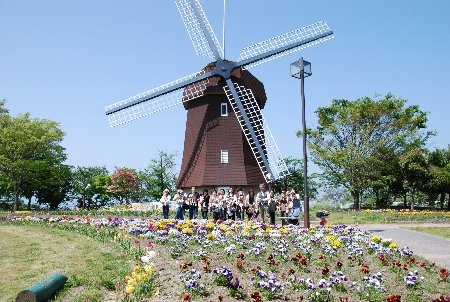 2008・05・03風車1