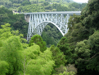 青雲橋全景