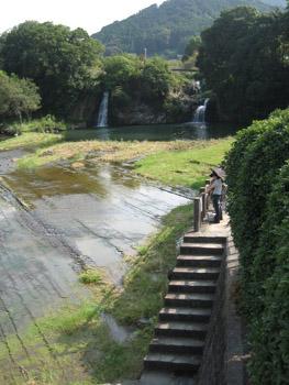 轟きの滝2