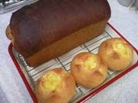 チーズプチパンとメープルブレッド