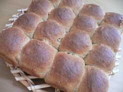 胚芽黒糖ちぎりパン
