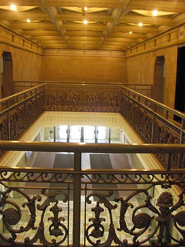 ダイビル玄関ホール2