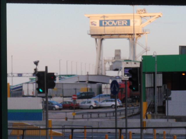 8.AUGY.2010 Dover-Paris 053