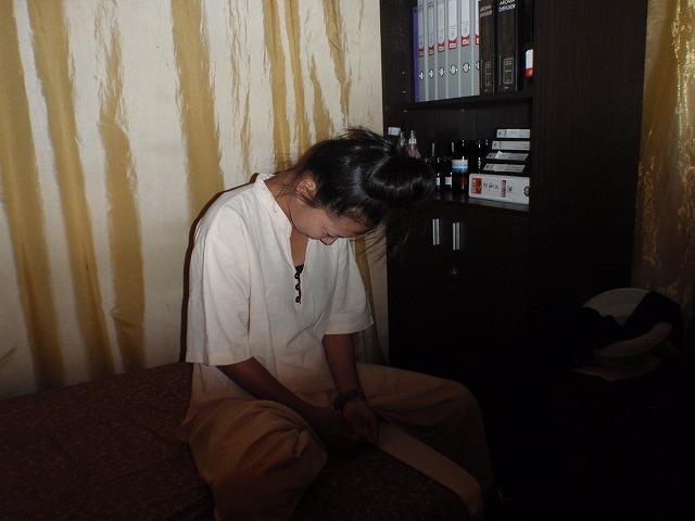 26.OCT.2010 DELHI-BBK 036
