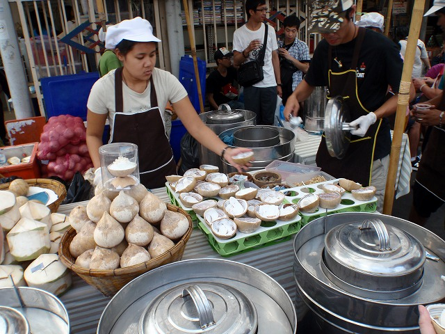 16.NOV.2010 Ko Phayam-Pattaya 039