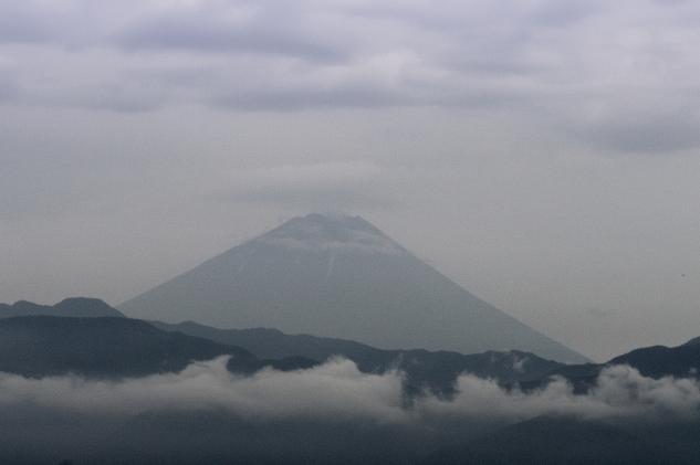 双葉サービスエリア富士山