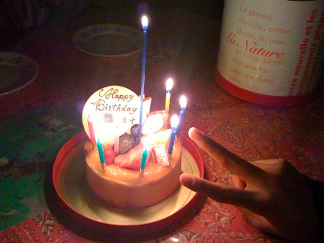 誕生日のケーキ、ラ・ナチュールのチーズケーキ