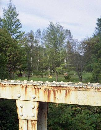 鉄橋から臨む