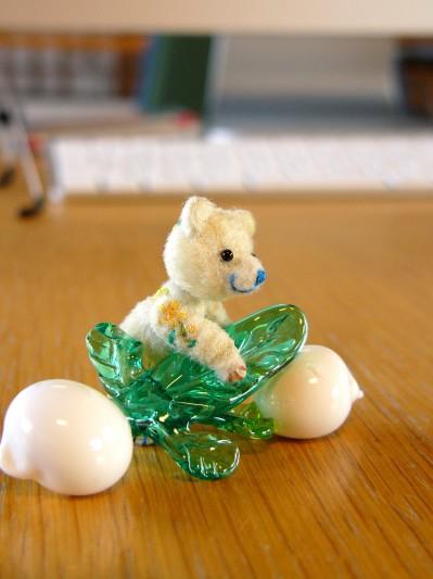 ガラス細工かぶとクマ-その1