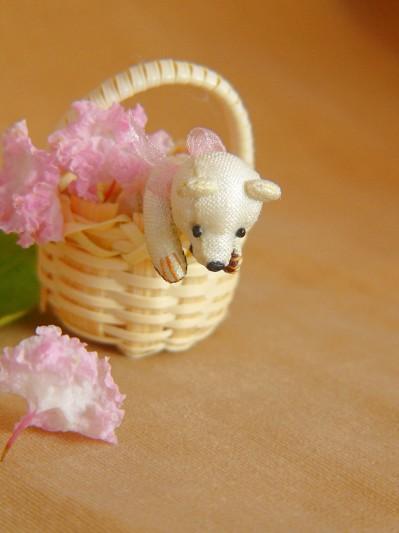 真木テキスタイルシルクの白いミニチュアベアその4