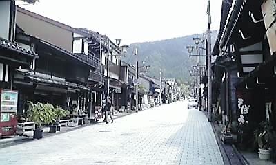 井波・八日町通り