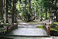 雄山神社中宮参道岐路