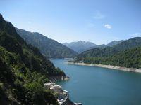 旅 ダム 湖