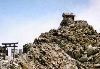 雄山神社(峰本社)