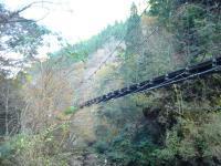 原不動滝のつり橋