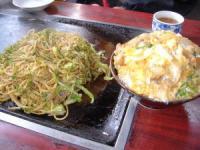 カツ丼700円・ヤキソバ650円