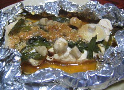 鶏肉のニラと味噌のホイル蒸し