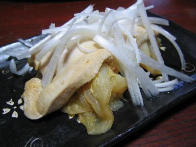 鶏肉で白菜と味噌包んだもの