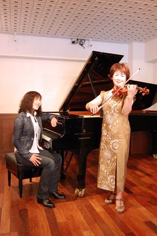 バイオリニスト牧千恵子さんと小澤直子