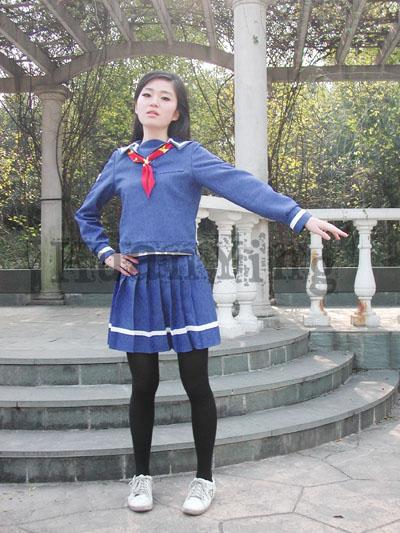 #36745;日南高中女生秋冬制服正面