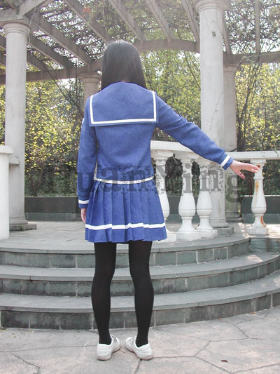 #36745;日南高中女生秋冬制服背面