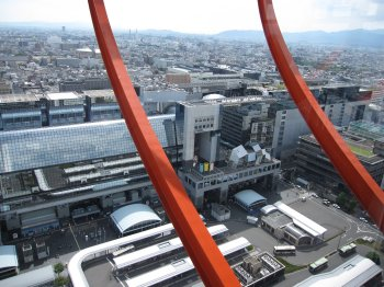 京都タワー(駅ビル)