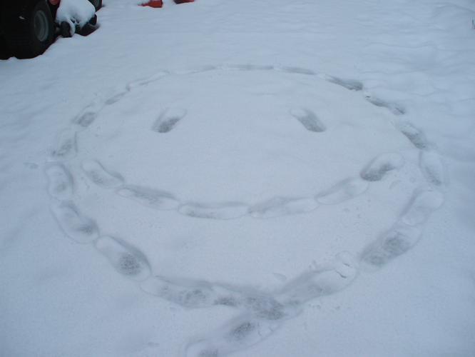 th_ニコちゃん 雪