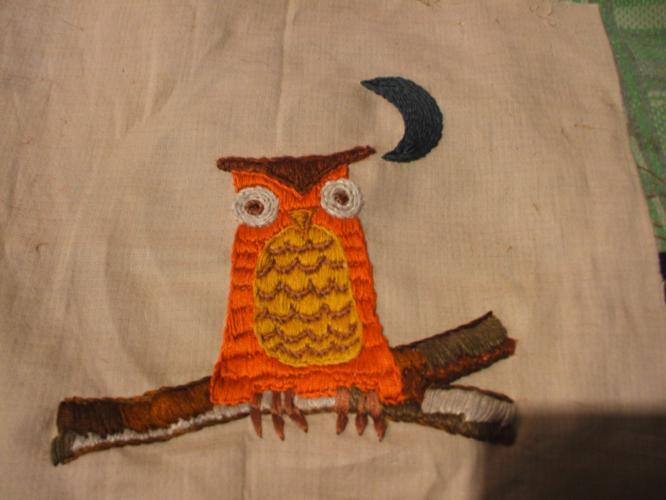 th_フクロウ刺繍