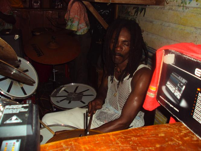 th_リオ ドラム