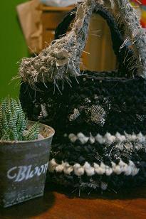 かねやんさん 裂き編みbag