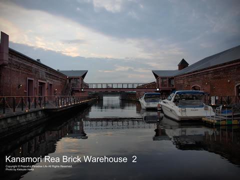 赤レンガ倉庫のボート