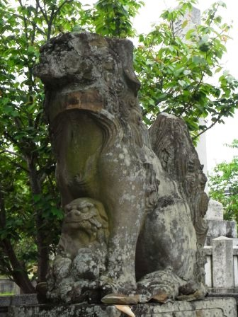産土神社呉崎1