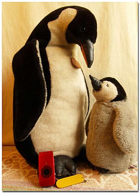 縫ぐるみのペンギン