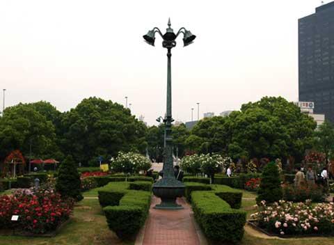 ばらの広場